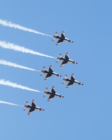 air demonstration: Air Force Demonstration Team Thunderbirds
