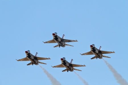 us air force: Air Force Demonstration Team Thunderbirds