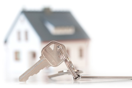 keys with house on background