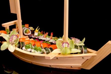 sushi boat 版權商用圖片