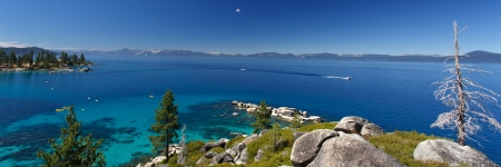 sierra nevada mountains: parasailing Lake Tahoe Stock Photo