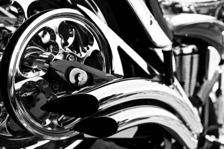 chopper: motorcycle
