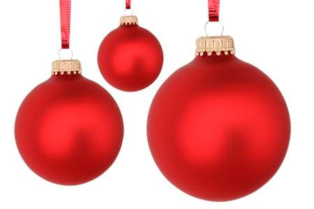 red christmas balls isolated on white Imagens