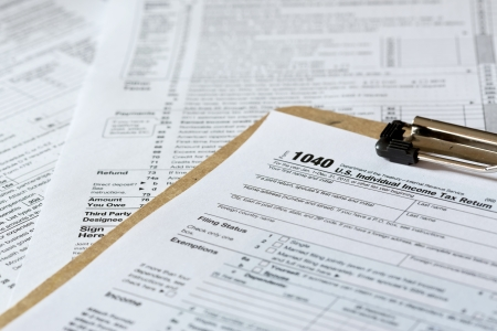 Formulaire d'impôt Banque d'images - 16995702