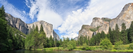 bridalveil fall: Yosemite Valley
