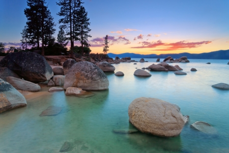long lake: Lake tahoe after sunset