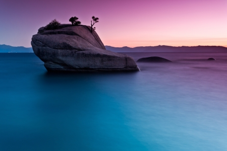 long lake: Bonsai Rock, Lake tahoe