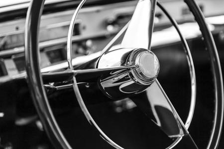 coche clásico: Coche cl�sico Foto de archivo
