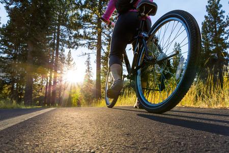 Biker bei Sonnenuntergang