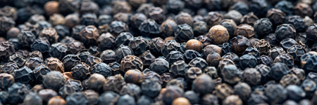 black peppercorn: Black peppercorn background