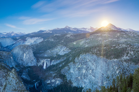 north cascade national park: Rising moon over Yosemite National Park