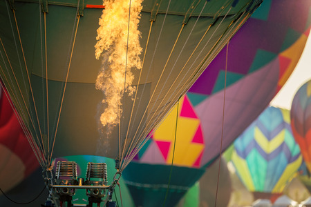 熱気球の増加