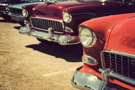 classic vintage cars parked in a row Reklamní fotografie - 142537675