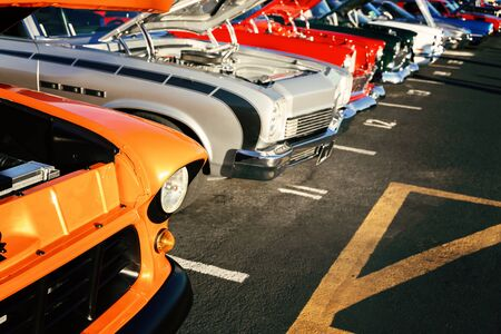 classic vintage cars parked in a row Reklamní fotografie - 142537705