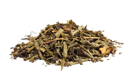 loose: Pile of dry tea leaves isolated on white background