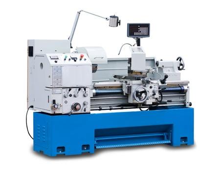 maquinaria pesada: Torno máquina de torneado aislado sobre fondo blanco