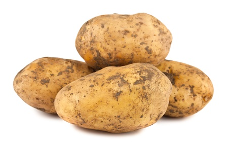 raw potato: Ripe potatoes isolated on white background