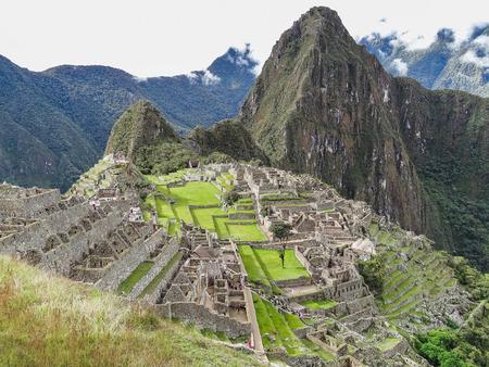 Vista de la antigua ciudad inca de machu picchu el sitio inca del siglo x ciudad perdida de los incas