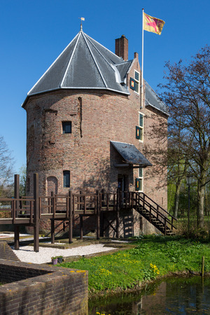 The house Dever in Lisse is an medieval house build in the 14th century by Reinier Dever. The old building is unique for holland. Imagens