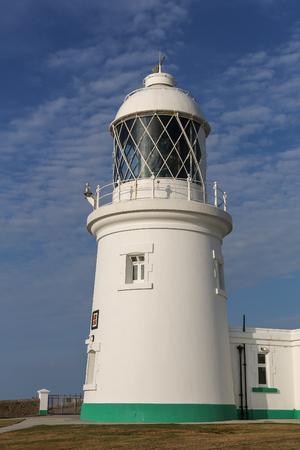 Pendeen lighthouse in cornwall england uk, overlooking the atlantic ocean. Banco de Imagens