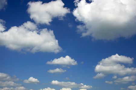 Ciel nuageux  Banque d'images