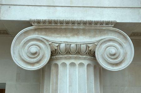 d�tail d'une colonne dans le British Museum Banque d'images