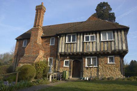 tudor: An  old tudor house in Kent, England