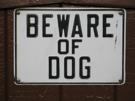bewar of dog sign