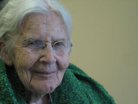 grandmother smilling Standard-Bild