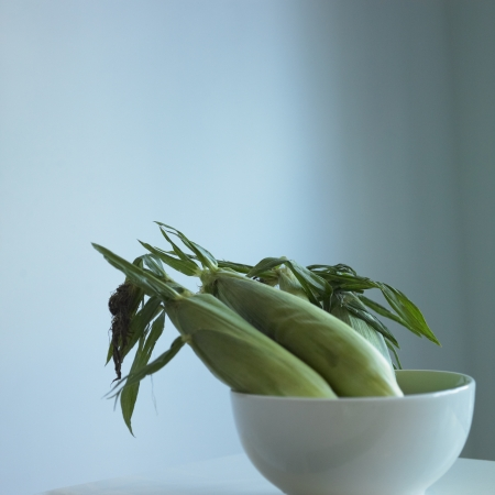 corns in a bowl photo