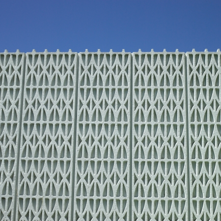 Textured building and blue sky Stock Photo - 18116544
