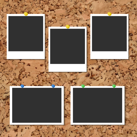 board pin: Vector cork board with five blank instant photo cards and color pins