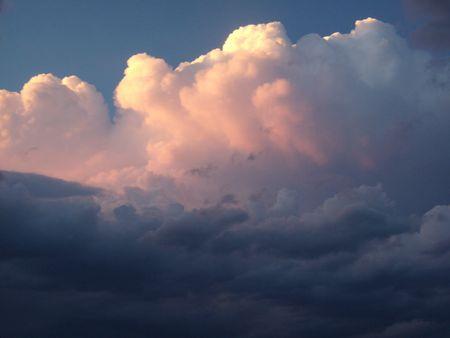 Sonnenuntergang, die aus der Thunderhead Standard-Bild - 3519210