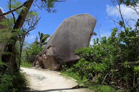 d argent: footpath and walking of seychelles