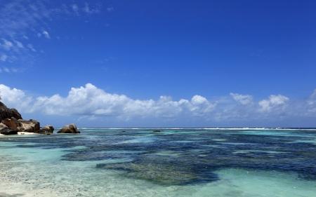 coast of seychelles photo