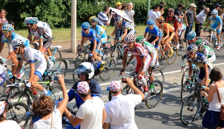 cicla: correr el Tour de Francia