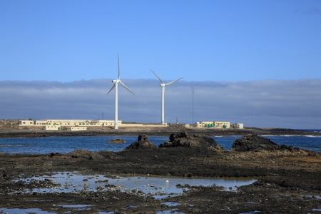 desalination: wind turbines and treatment of salt water from the sea