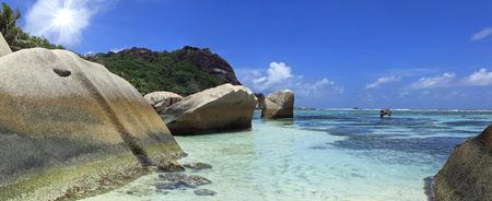d argent: coast of seychelles Stock Photo