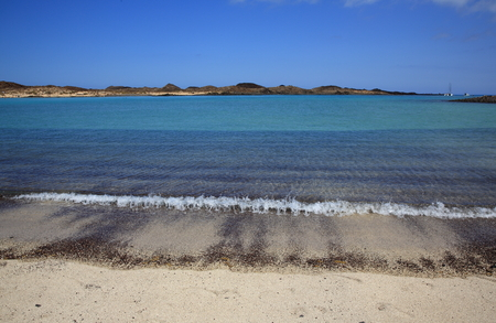 blue lagoon: Los Lobos isola laguna blu