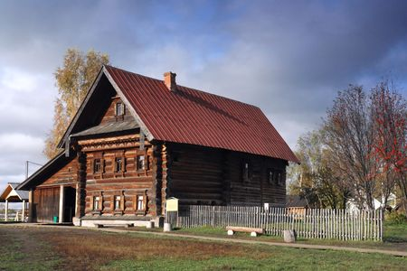 craftsmanship: Very rare example of XIX century rich peasant home. Very interesting craftsmanship of Russian wood master.