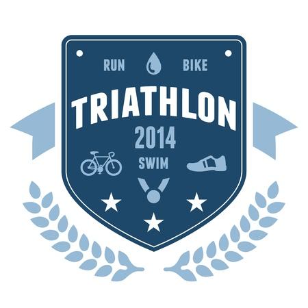 swim race: Triatl�n moderno emblema distintivo con gr�ficos de bicicletas y medalla