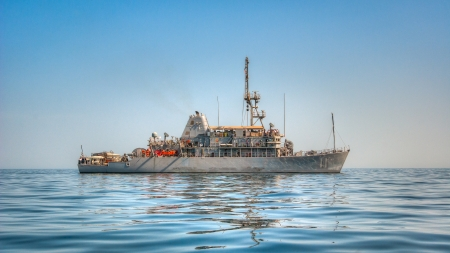 countermeasures: USS Gladiator (MCM 11) is the eleventh of fourteen Avenger Class Mine Countermeasures Ships in the US Navy. This is a HDR image made from a single exposure.
