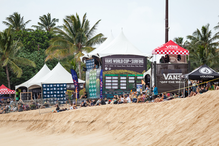 2027 반즈 월드컵 서핑 비치 선셋 비치 오아후 섬의 경치가 노스 쇼에 선셋 해변, 하와이, 미국 -12 월 2 일 : 비치 설치. 이것은 세 번의 서핑 대회 중 두