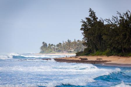 Banzai 북쪽 해안 오아후, 하와이, 함께 화창한 하 고 맑은 날에 파이프 라인 해안 풍경. 스톡 콘텐츠