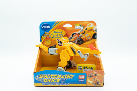 Largs, Scotland, UK - November 29, 2018: Vtech Branded Switch & Go Dinos Childrens Plastic Toy boxed in partially recyclable packaging in line with current UK guidelines Redactioneel