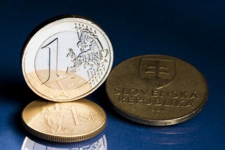 koruna: Euro with old Slovak koruna