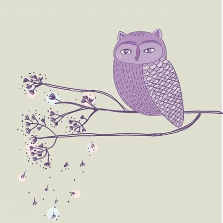 Nette violett Eule auf dem Ast