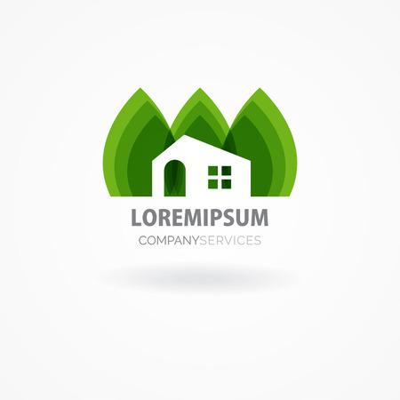 logotipo de construccion: Casa de Eco con las hojas verdes. Insignia de la casa. Icono de la casa ecológica. Vectores
