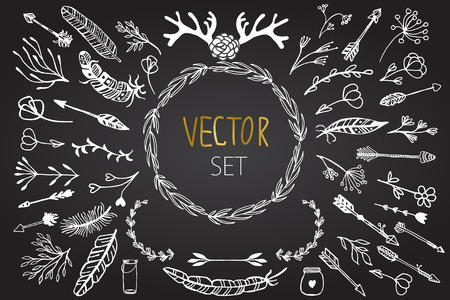 Conjunto de elementos del vector tribales y florales rústicas de época. Conjunto de flores, plumas, cuernos, frascos de vidrio, flechas en elementos rústicos styleDecoration invitación para el diseño, tarjetas de boda, día de San Valentín, tarjetas de felicitación Ilustración de vector