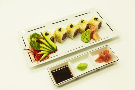 susi: Set of fresh tuna sushi and caviar of flying fish. Stock Photo